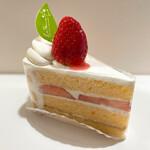 ル・ポミエ - 苺ショートケーキ