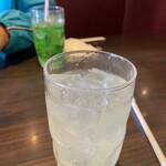 石焼ステーキ 贅  - クーポンで…レモンスカッシュ!