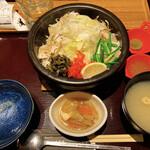 新宿 inton - 石焼ねぎ塩とんトロ丼セット