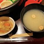 新宿 inton - 小鉢、味噌汁