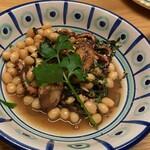 Pittsuriakarore - タコとインゲン豆