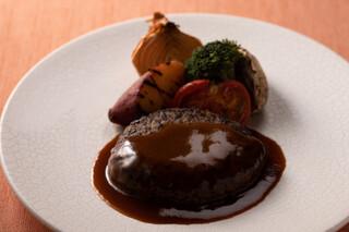 GRILL DINING 薪火 - 国産牛のハンバーグステーキ