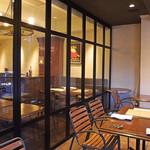 トラットリア ラ・エネルジーア - 私達のテーブル