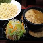 つけ麺屋のぶなが - 味噌つけ麺 800円 中盛 0円 野菜 100円