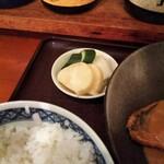 菱田屋 - ご飯セットのお新香