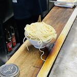 144789208 - そばめしの準備                       白飯の上に麺