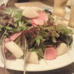 サンブーカ - 有機野菜のサラダ