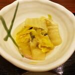 あみ源 - 白菜煮物