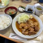 藤与し - とり生姜焼き定食800円