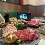 焼鍋肉たむら - 料理写真: