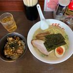 王子ラーメン - ランチセット(とんこつ+ミニネギチャーシュウ丼)1,000円