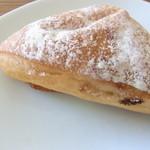 14485604 - いちじくのフランスパン(90円)