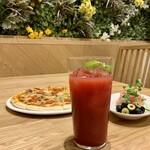 ELOISE's Cafe -