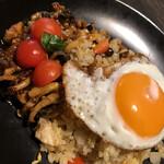 ベビーフェイスリンデンバウム - 料理写真:ガパオライス