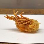 くすのき - 車海老の頭の天ぷら 海老塩で