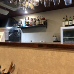 Osteria Bar cosi cosi - カウンターから