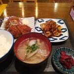 新橋うっちゃり - 松坂ポークのメンチカツと生姜焼き