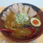 吉山商店 - 焙煎ごまみそとろ旨Wチャーシュー麺1,300円税込【限定50食】