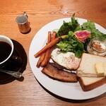 マザームーンカフェ - モーニング(全体)
