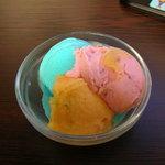 フリークス 魚津店 - アイスクリーム食べ放題2