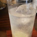 UNBAR - あちきの1杯目 ジントニック