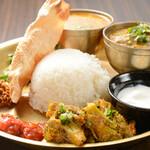 ケーシー カフェ&フード ショップ - 料理写真:NEPALI SET