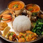 エベレスト セルフ キッチン - ネパール定食