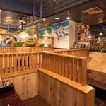 エベレスト セルフ キッチン - 内観全景2