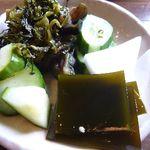 山椒の木 - お漬物も美味しいですね。