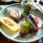 山椒の木 - 鰻の肝の焼き物・う巻き・鰻の酢のもの・めざし・豚の角煮