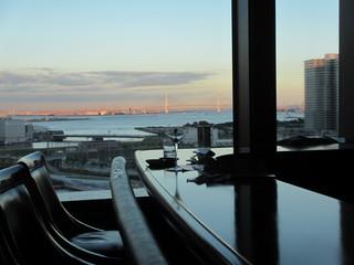 バー シーガーディアンⅢ そごう横浜店 - 夜景はきれいだろうなあ・・・
