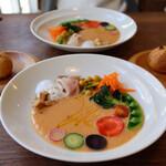 食堂RUTA - ローストしたオレンジ白菜スープ