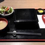 ステーキハウス听 - 熟成和牛ステーキ重1080円(安)