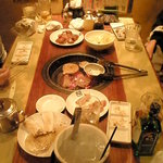 牛角 - ごく少数の図【横浜・関内・牛角・焼肉・画像】