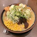 北海道らーめん 熊源 - 料理写真:全部のせ 味噌(麺大盛)