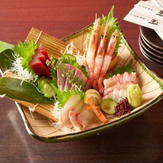 【鮮魚と焼き鳥と旬食材の和食】ランチ・昼飲み実施中です!