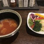 145019950 - 挽肉とトマトのスープ とサラダ