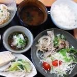 とりき - 料理写真:豚肉のおろしポン酢
