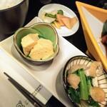 おばんざい ふじまさ - だし巻き卵旨し!小松菜とお揚げの炊いたん