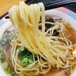 麺や 吉村 - 細ストレート麺