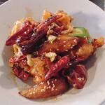 145034426 - 鶏肉の唐辛子炒め①