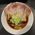 世界が麺で満ちる時 - アローン(800円、真上から)