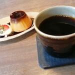 mado cafe -