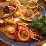 kumakichi食堂 - 北海道米を使ったパエリアが食べれるのはここだけ。ではないでしょうかぁ(^。^) 料理にはハズレなし、飲料にもこだわっている、オススメのお店です。