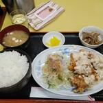 中華飯店 ごくう - 本日のサービス品チキン南蛮定食ご飯大盛り
