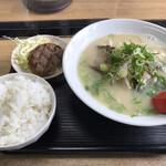 博多ラーメン 博多駅 - 料理写真:
