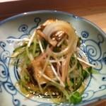 すし処 市柳 - 炙った穴子のポン酢サラダ?