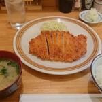 145075830 - とんかつ定食1000円(税込)