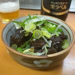 ひろしま本店 - どて煮 450円 ビール(大びん) 600円
