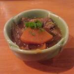 蒲田西口 肉寿司 - 煮込み